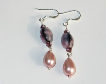 Pink, black and gray hue bead with pink pearl earrings.