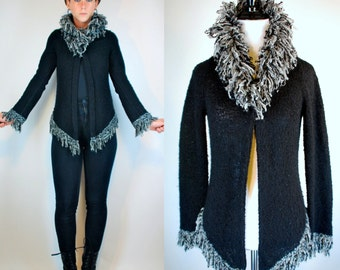 Nubby Black Avant Garde Yarn Fringe Shawl Collar Sweater Duster. Goth GRUNGE knit Cardigan Jacket. Vintage 90s Jumper. Extra Small - Small