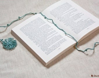 Flower bookmark | linen | crochet | bright turquoise | romantic