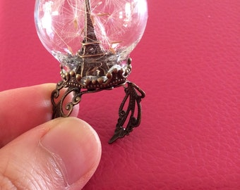 Eiffel Tower Dandelion Glass Globe Ring - adjustable and fits all - la Tour Eiffel