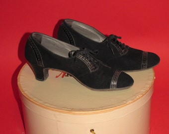 Vintage 1930's Black Suede Leather Lace Up 30's Boardwalk Wedge Heels Womens Shoes