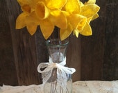 Primitive Grungy Daffodils -Set of 3