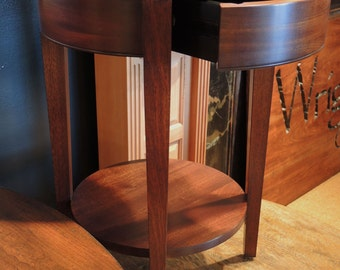 660 Side Table In Sapele, Mahogany 1 Finish, Standard Distressing