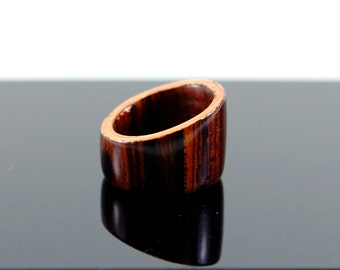 Cocobolo and copper wooden ring