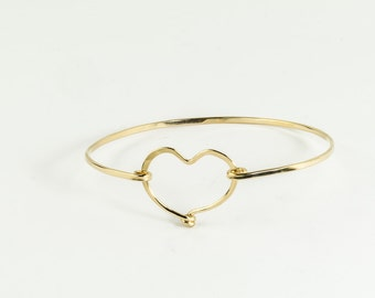 14K Gold Filled Bangle Bracelet, Hammered Gold Bangle, Gold Heart Bangle Bracelet, Thin Gold Bracelet, Heart Jewelry Anniversary