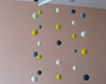 Branches and 30 Colorful FELT BALLS Mobile / Handmade Nursery Mobile / Eco Friendly Natural / white grey yellow/ Made to order