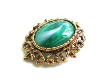 Vintage Goldtone Green  Lucite Cabochon Brooch Pin