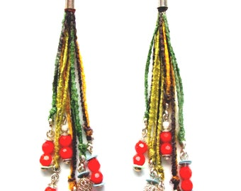 Long earrings with faceted Korallperlen, yarns and Silver 925
