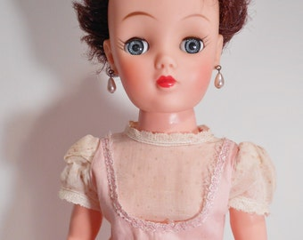 High Heel Fashion Doll Vinyl A VH-19 Mid Century
