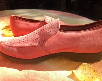 Orange Shoes Hush Puppies Suede Peachy Cool Great for Dancing Size 8