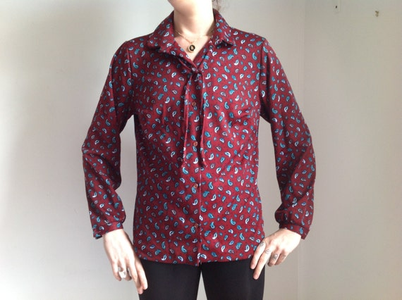 Burgundy and paisley pattern women 39 s polyester button down for Womens patterned button down shirts