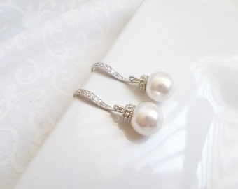FREE United States Shipping Swarovski Pearl Bridal Earrings Classic Pearl Earrings With Cubic Zirconia Ear Wires Classic Pearl Earrings
