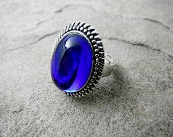 Dark Blue Ring, Silver Victorian Ring, Blue Cabochon Ring, Silver Filigree Ring, Victorian Statement Ring, Blue Ring, Blue Stone Ring