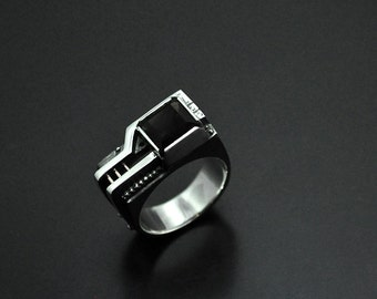 "Industrial Contemporary Silver Ring ""Agererendum"" with Rauchtopaz 
