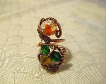 Green Orange and Yellow Ring. Handmade Ring set with Colorful Glass Beads. Copper Wire Wrapped Ring. Unique Design. Spiral.