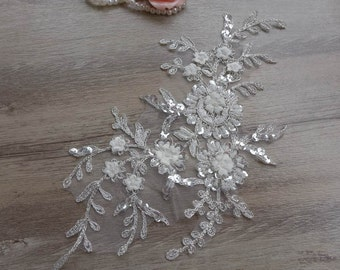 Gorgeous bridal lace applique off white beaded sequins applique with silver thread for wedding dress veils supply