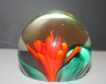Very Pretty Clear Glass Vintage Paperweight with a Red Dragon Lily