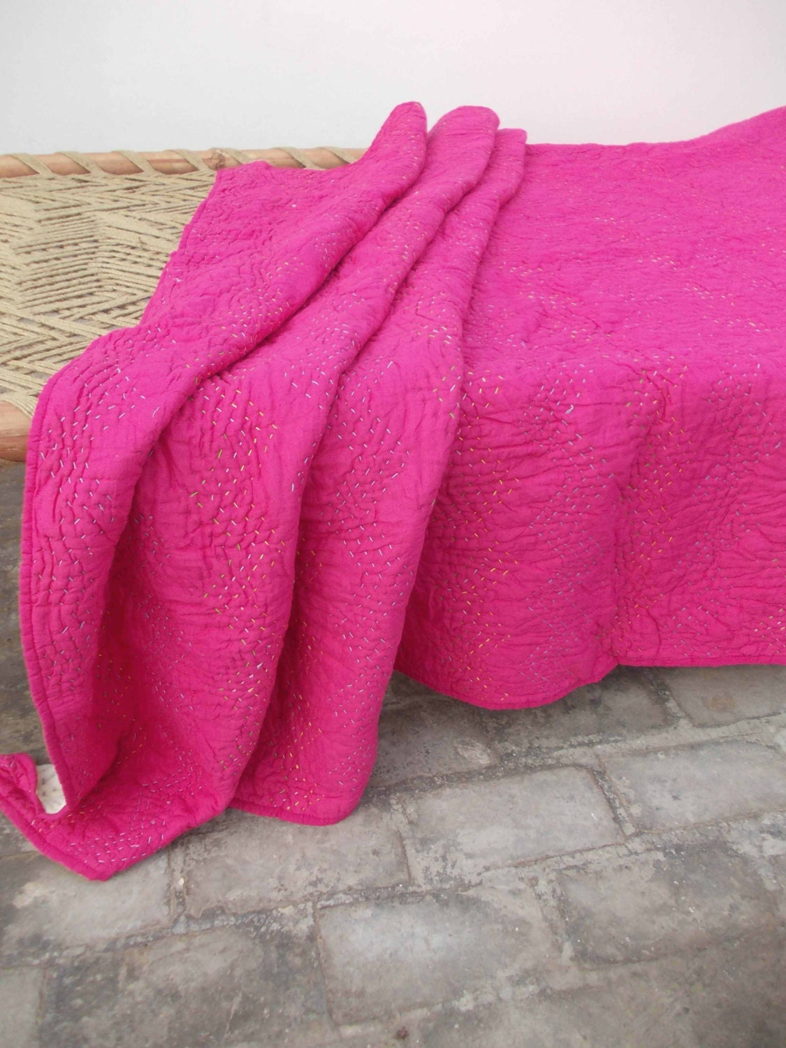 Bright pink quilted bedspread chevron pattern zig zag : pink quilted bedspread - Adamdwight.com