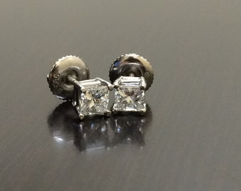 18K White Gold Princess Cut Diamond Stud Earrings - 18K Gold Diamond Earrings - 18K Princess Cut Earrings - Princess Cut Diamond Studs
