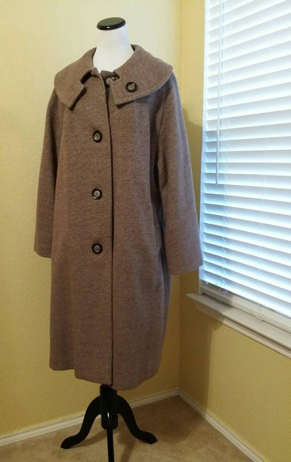 Full Figure Women's Vintage Shawl Collar Overcoat