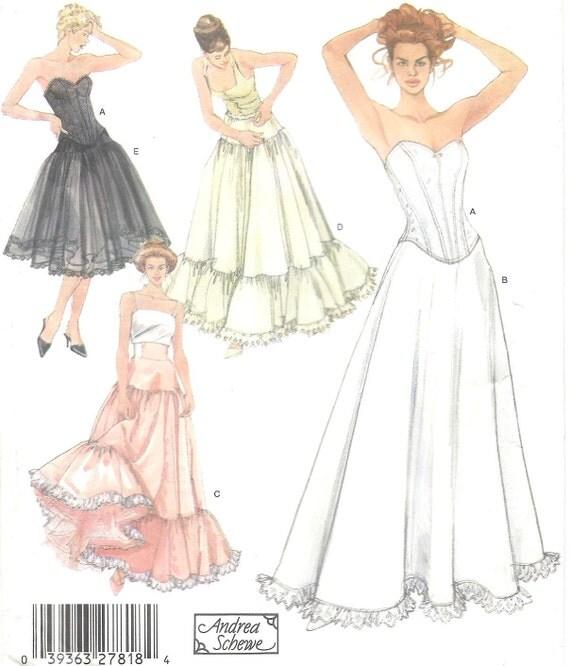 patron de couture lingerie corset glissement jupon jupon. Black Bedroom Furniture Sets. Home Design Ideas