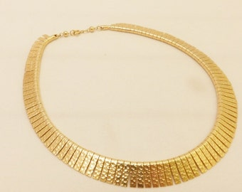 Vintage Gold Tone Hammered Metal Collar Necklace