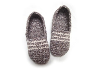 grey crochet slippers, lilac woman house slippers, christmas gift, friend gift, size 5 6 7 8 9 10 11 12