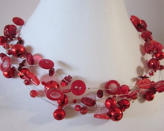 TINKLING RED, chain of vintage buttons, beads & bubbles