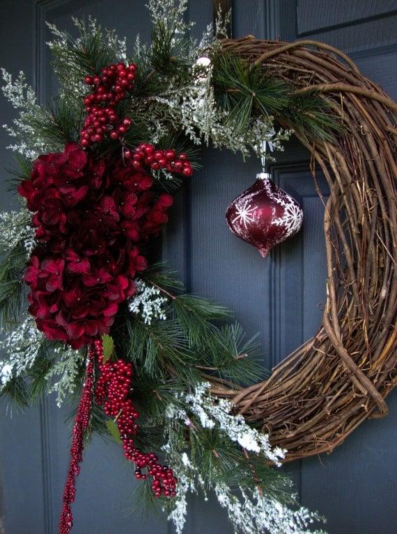 Outdoor Artificial Christmas Wreaths