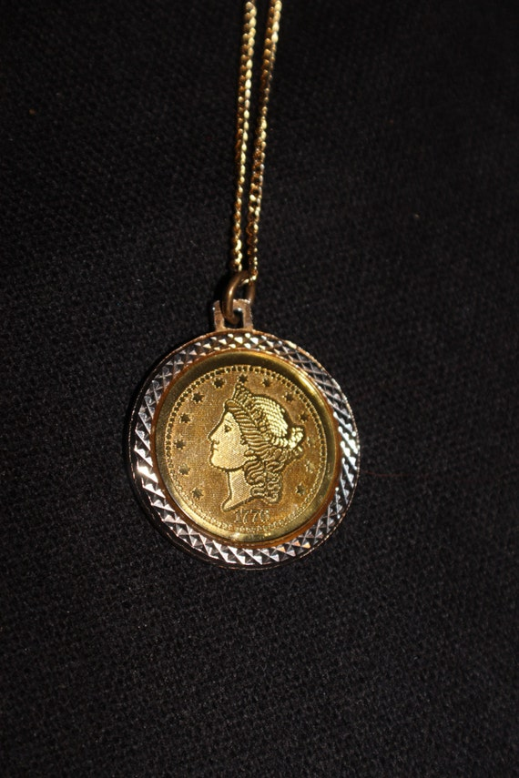 1776 Twenty D Coin Necklace Bicentennial Gold Tone Coin