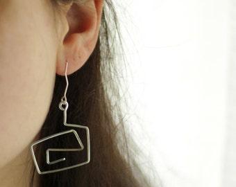 Silver dangle earrings,Silver spiral earrings, Silver wire earrings, Silver handmade earrings,Silver wire dangle earrings