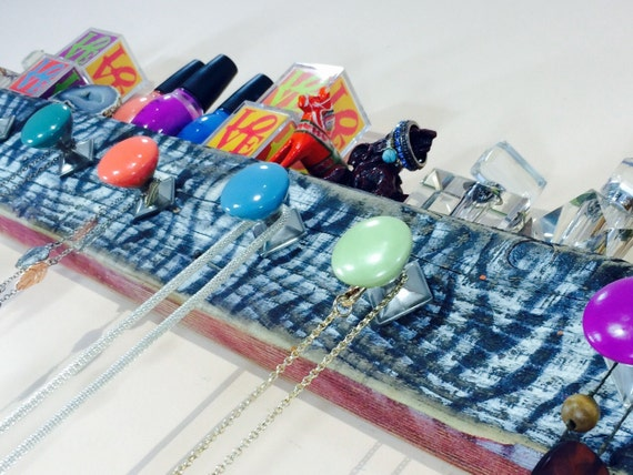 Necklace holder /jewelry hanger /reclaimed wood storage /boho wall hanging organizer/ recycled decor/ wall rack 7 hand-painted knobs