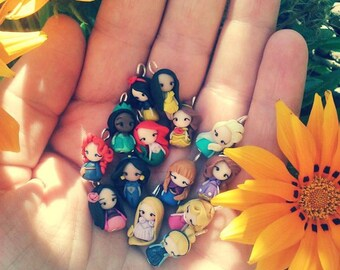 Princess Disney charm inspired , charm with clasp. Stitch markers charm. Disney jewelry. Ariel,Merida,Belle,Elsa,Rapunzel,Mulan,Jasmine