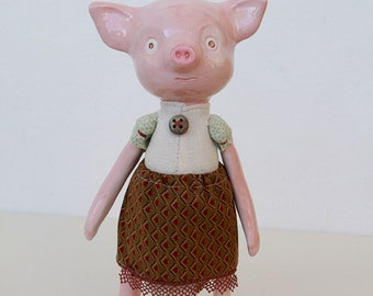 Linda, little piggy - collectible animal sculpture,Granny Toys collection