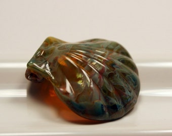 Glass Scallop Shell Focal Bead