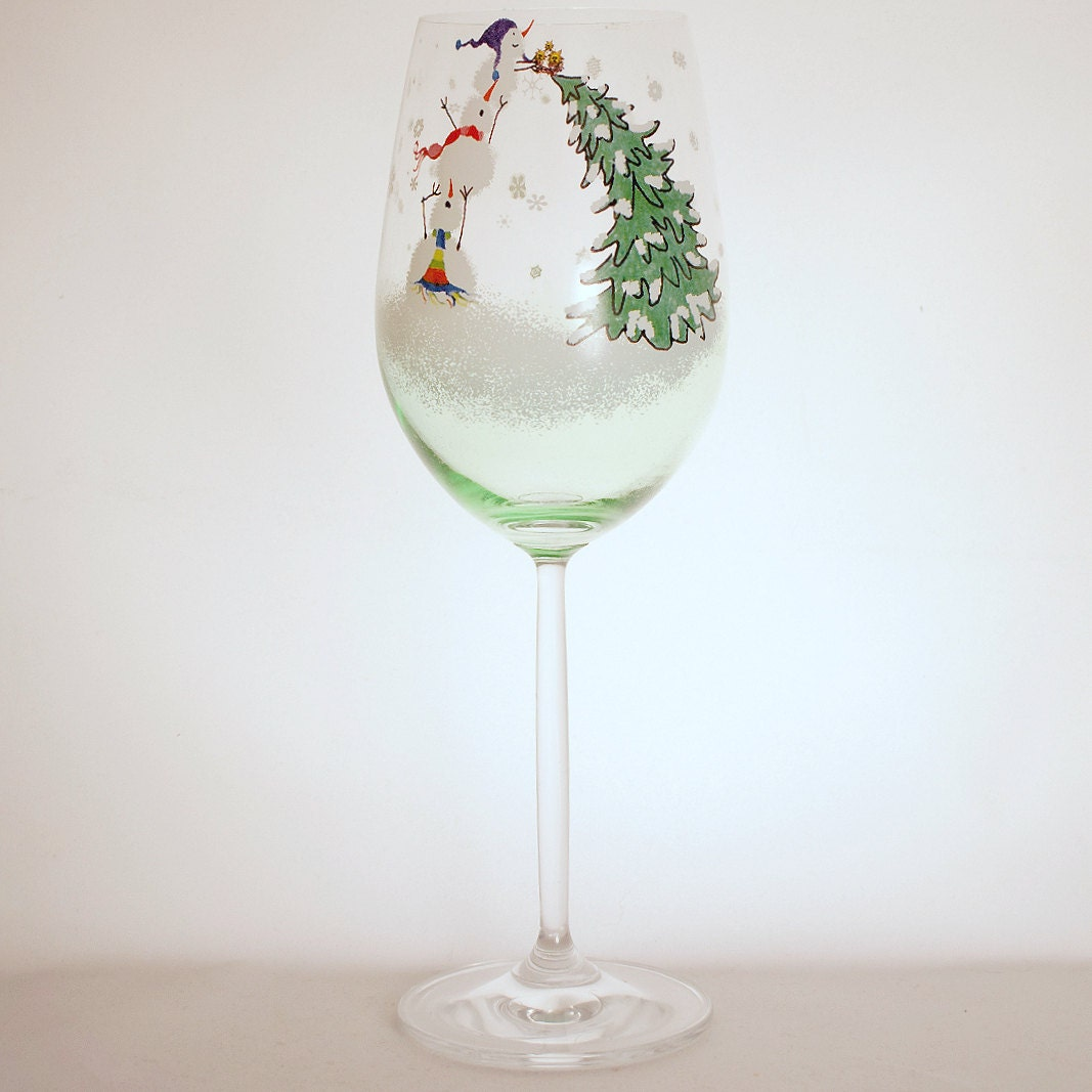 Hand painted wine glass christmas tree by thesincerelychicshop for Hand painted wine glass christmas designs