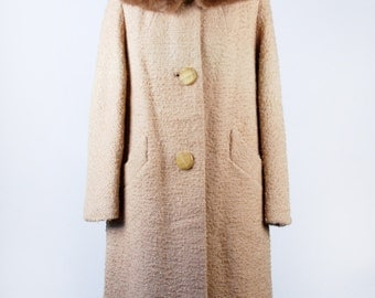 Vintage 1960's Swing Coat with Detachable Mink Collar in Excellent Condition