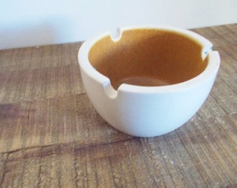 Small 1960s Round White Pottery Ashtray with Brown Interior