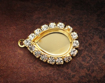 Sensational 18x13mm Pear Jewel Stone Setting with Swarovski Crystals, 4 Prongs, 1 or 2 loops, Pear Settings, Gold plate, Qty 1