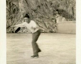 "Vintage Photo ""Rocky Ice Skating"" Men Winter Outdoor Sports Snapshot Photo Old Antique Black & White Photograph Found Paper Ephemera - 86"