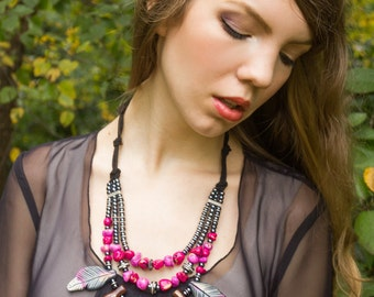 Feather Statement Necklace / Pink and Gray Feather Necklace / Feather Bib Necklace / Sangria and Gray Jewelry