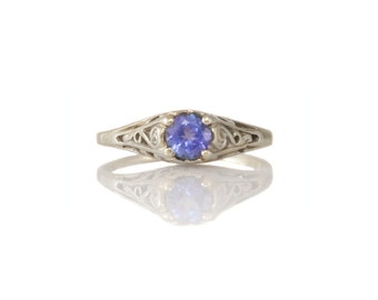 Vintage Tanzanite White Gold Ring