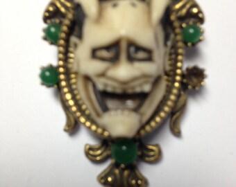 FLORENZA Vintage Devil Face Brooch   Item No: 16968