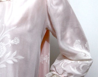 1940's Lingerie Robe Luxurious Pink Satin and White Jacquard Negligee - Designer Odette Barsa Vintage Women's Clothing