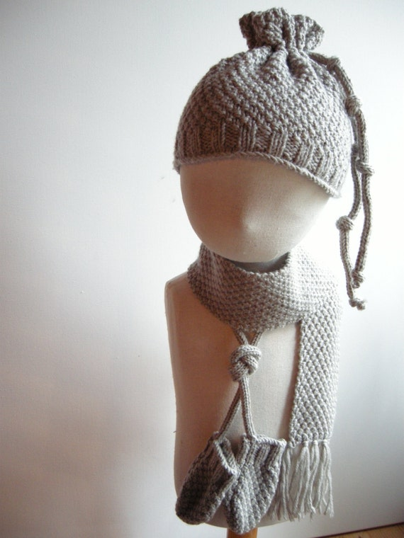 NIGEL - Newborn Irish / Aran Set (scarf, miitens and hat) - Pure merino wool - Beige - pick your color