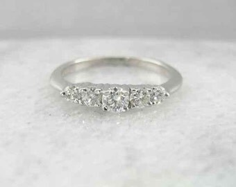 Vintage Platinum And Diamond Engagement Ring, Graduated Stones U5HUJW-R