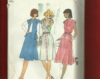 1976 Simplicity 7350 Cap Sleeve top or Shirt Dress with Small Stand Up Collar Size 14 UNCUT