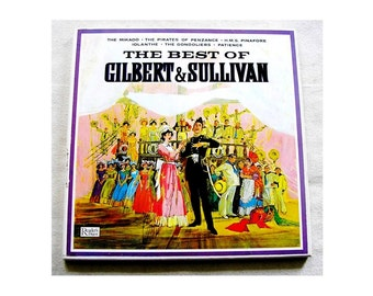 Best of Gilbert and Sullivan 3 LPS vinyl records Boxed 1963 Near Mint with booklet opera operetta musicals box set