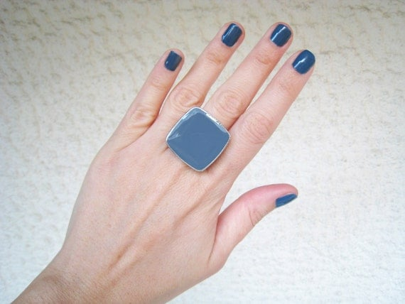 Indigo blue resin ring, denim blue glass ring, navy blue ring, big chunky ring, modern minimalist square ring, stainless steel ring