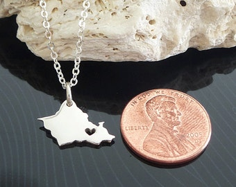 Tiny Sterling Silver Oahu Necklace / Custom Heart / Small Oahu Necklace / Love Hawaii / State Necklace / OahuWedding